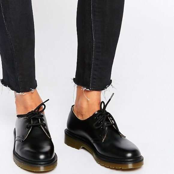 befffe73cdee Dr. Martens Shoes - WOMEN S 1461 SMOOTH LOW TOP DR.
